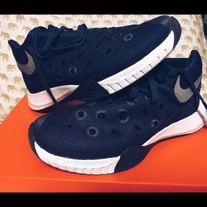 Nike Shoes - Nike HyperQuickness 3 - Navy